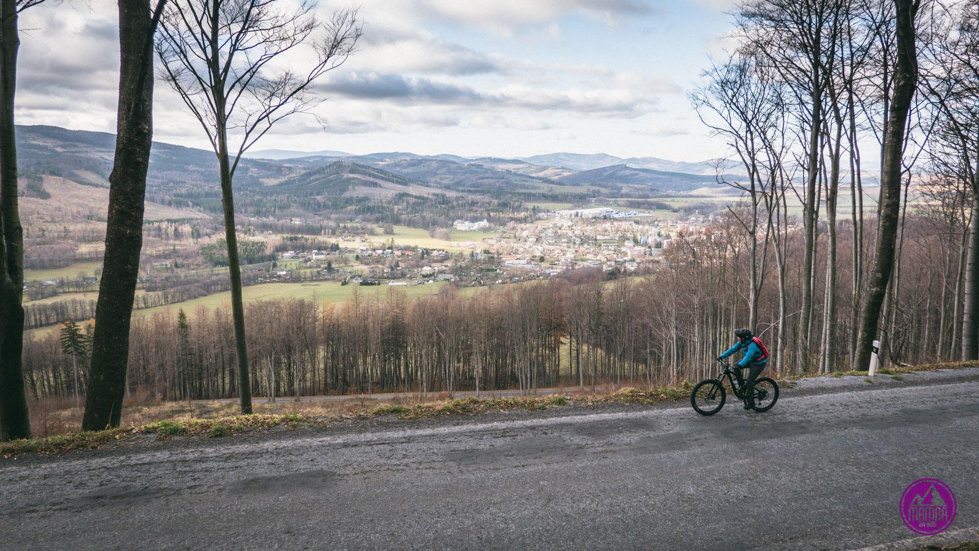 Biskupia Kopa na rowerze