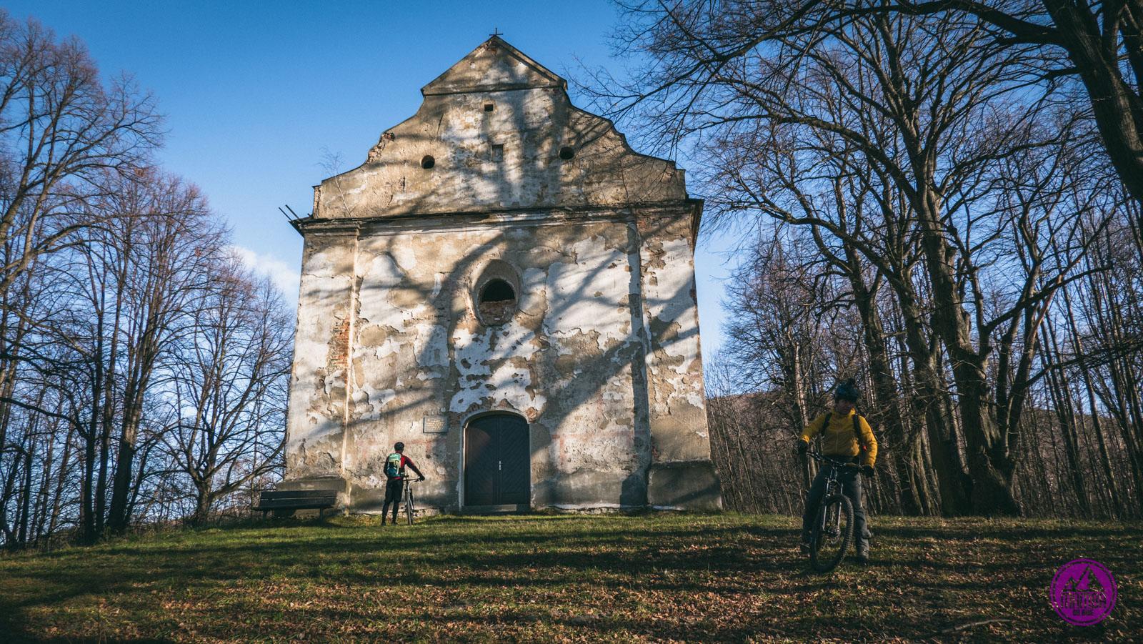 Zjazd rowerem z Biskupiej Kopy