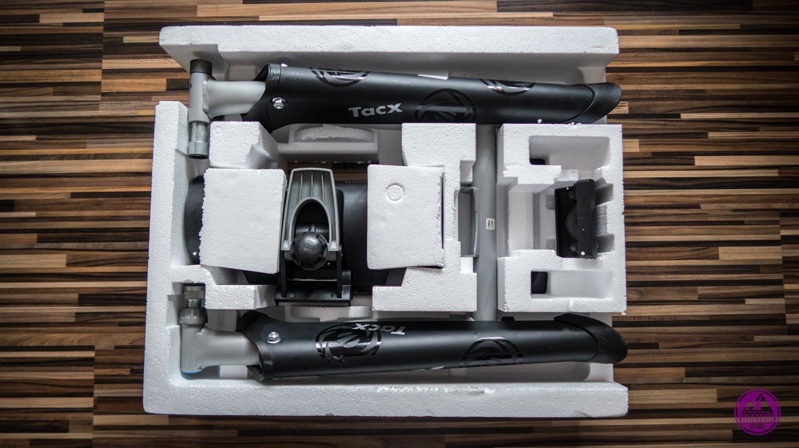 Tacx Bushido w pudełku