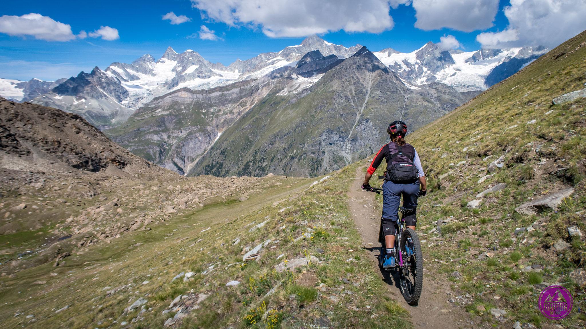 Heli biking Zermatt - zjazd