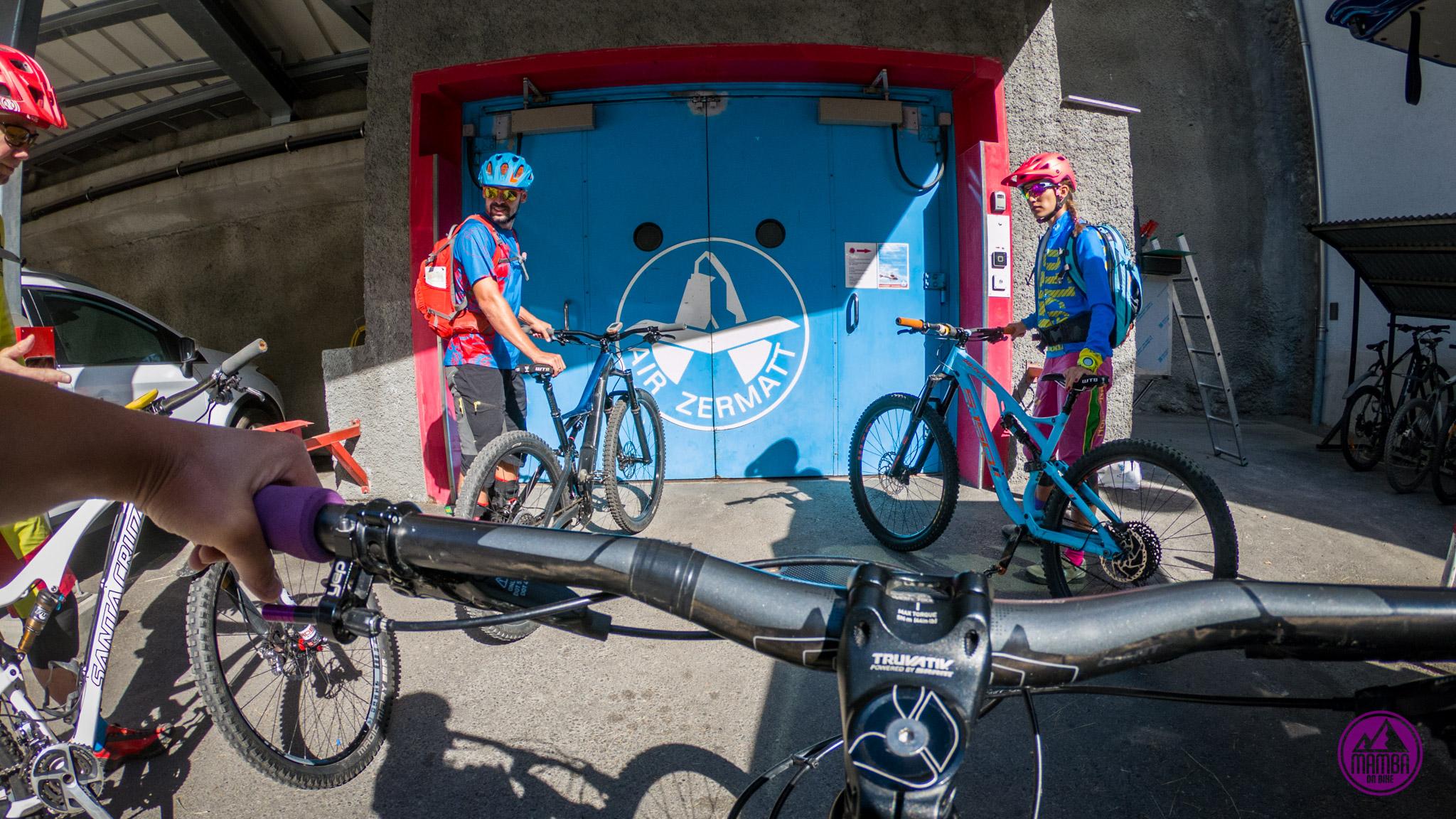 Heli biking - wejście do windu