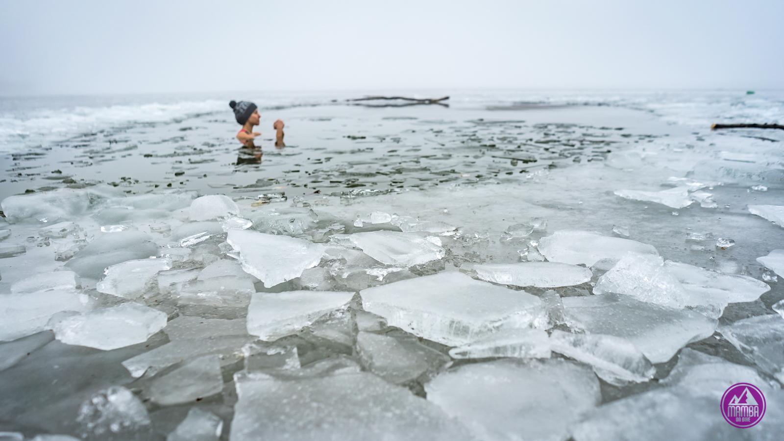 Morsowanie - pływanie w zimnej wodzie