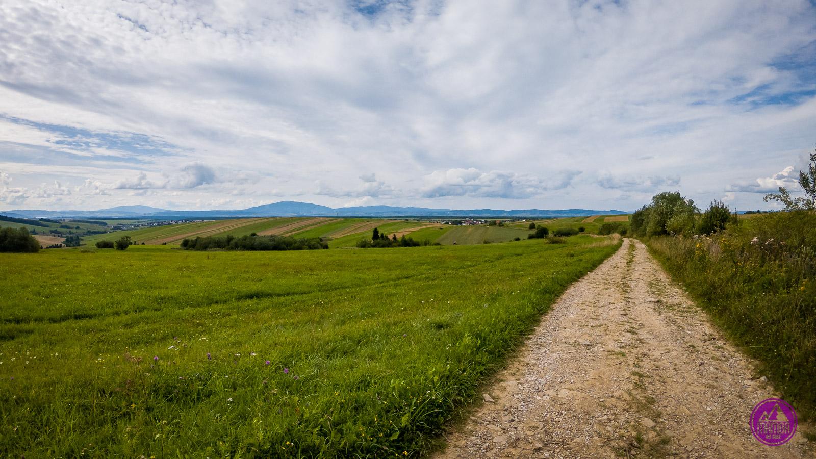Carpatia Divide - piekny widok na góry