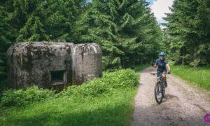 Góry Orlickie – bunkry, wieże widokowe, kofola, Svíčková i Lentilky