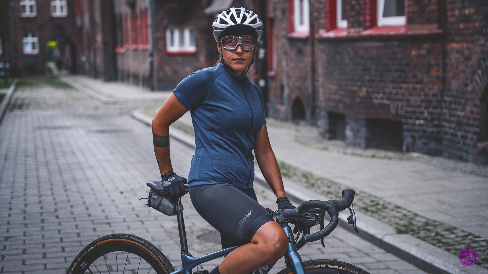 Yellow Cycling Merino Navy